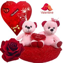 Attractive Teddy Bears and Delicious Chocolates Combo