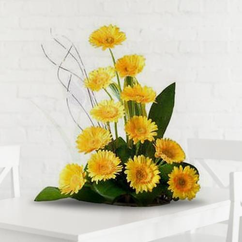 Beautiful 12 Gerberas Arrangement