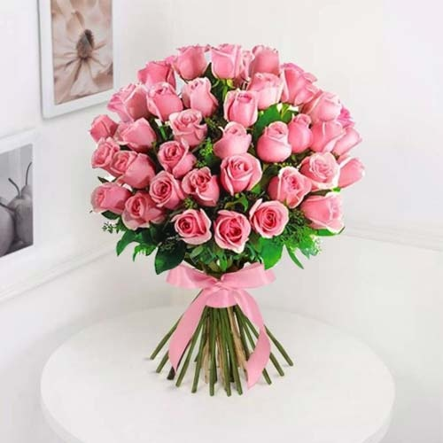 Elegant Blush of Love 30 Pink Roses Bouquet