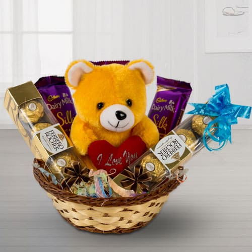 Crunchy Chocolates with Soft Toy
