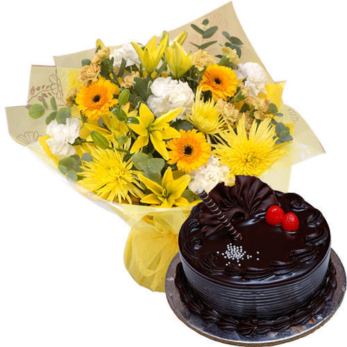 Tender Mixed Flowers Bouquet with Truffle Cake