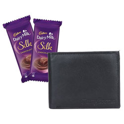 Cadbury Dairy Milk Silk Chocolate with Longhorns Wallet Combo