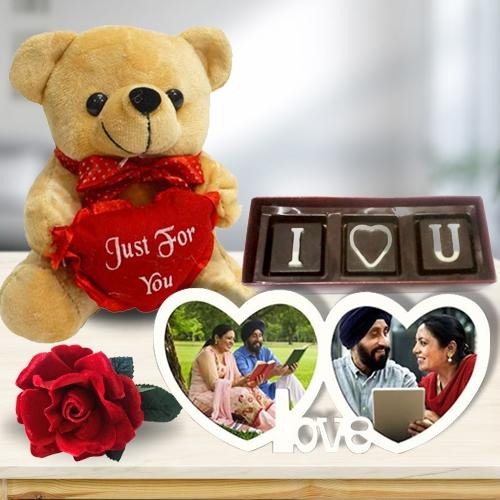 Magnificent Love You Personalized Photo Gift Combo