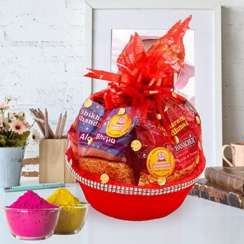 Exclusive Munches Gift Basket for Holi