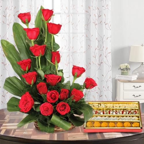 Magical Love Bouquet of 18 Red Roses with 1/2 Kg. Assorted Sweets