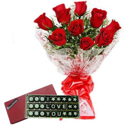 Inspiring I Love You Handmade Chocolate with Red Roses Bouquet