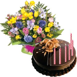 Wonderful Seasonal Flowers Bouquet with Chocolate Cake