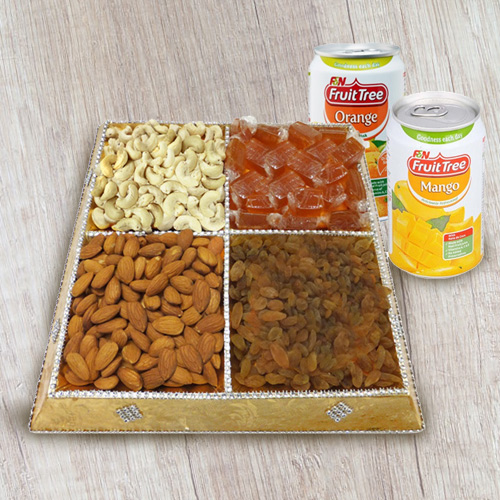 Dry Fruits N Beverages Gift Tray