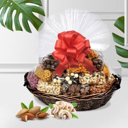 Delicious Assorted Dry Fruits Gift Basket