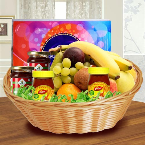 Yummy Basket of Fresh Fruits N Assortments