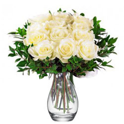 Wonderful Vase Arrangement of White Roses