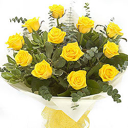 Fresh Yellow Roses Bunch
