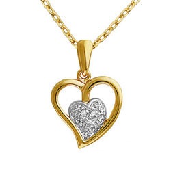 Mesmerizing Heart Shaped Gold Pendant