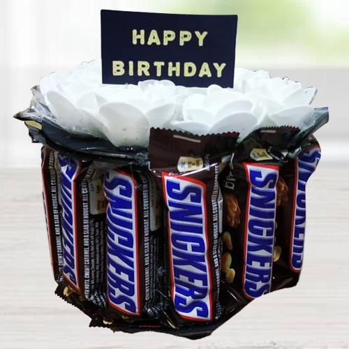 Wonderful Snicker Chocolates Arrangement